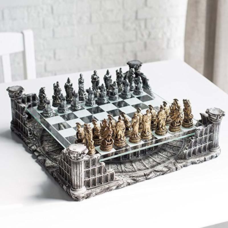 Roman Gladiators Chess Set